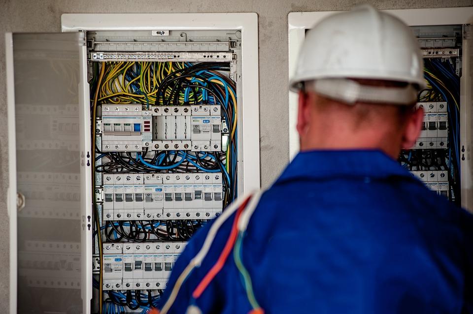 Como fazer uma boa montagem de infraestrutura elétrica?